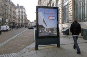 Campagne d'affichage urbain pour un plan media branding